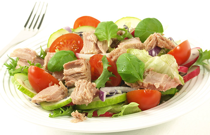 Tomatoes For Weight Loss - Recipes - Tomato & Tuna Salad
