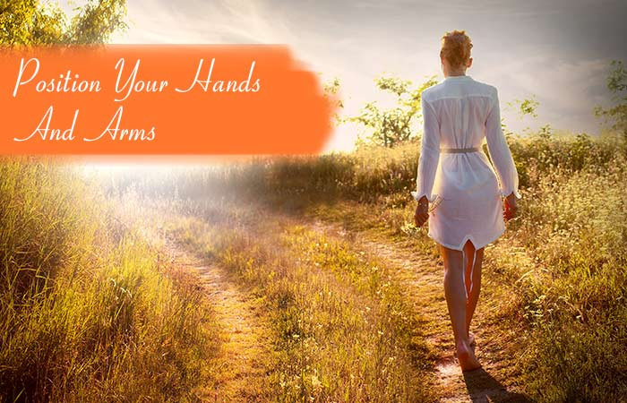 5.-Position-Your-Hands-And-Arms