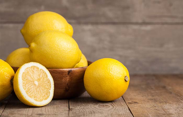 Home Remedies To Stop Vomiting During Pregnancy - Lemon
