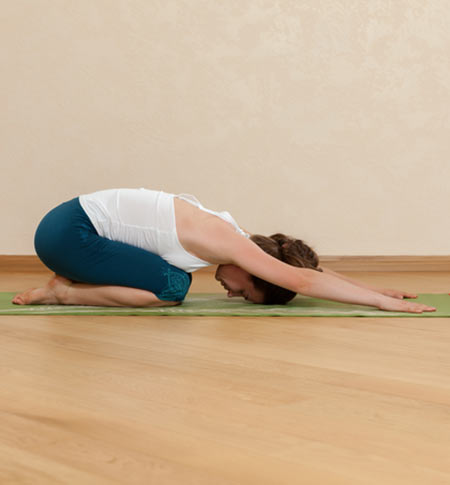 Effective-Morning-Yoga-Poses-To-Give-You-An-Energetic-Start4