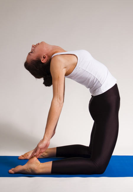 Effective-Morning-Yoga-Poses-To-Give-You-An-Energetic-Start6