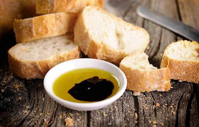 Dipping Olive Oil Recipes - Garlic-Infused Oil Dip