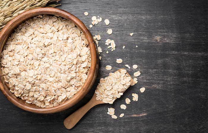 Oatmeal - Home Remedies To Get Soft Hands