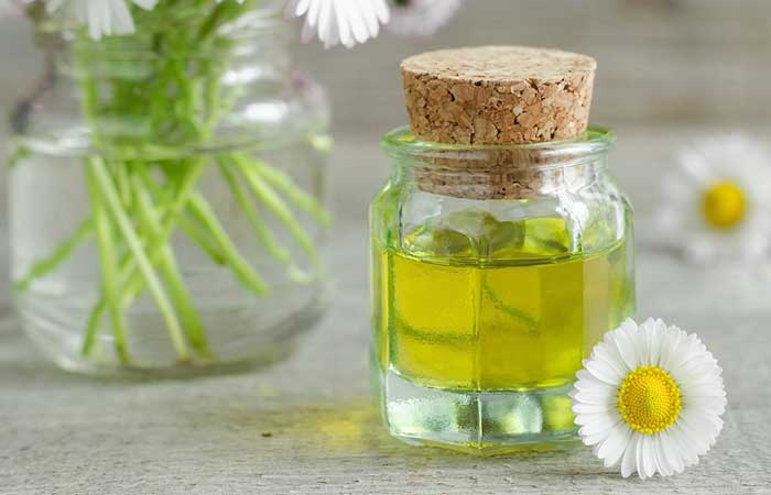 Best Essential Oils For Skin Care - Roman Chamomile For Treating Rashes