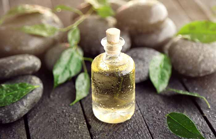 How To Get Rid Of A Skin Rashes - Tea Tree Oil