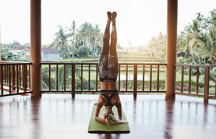 Salamba Sirsasana - Yoga Routine To De-Stress