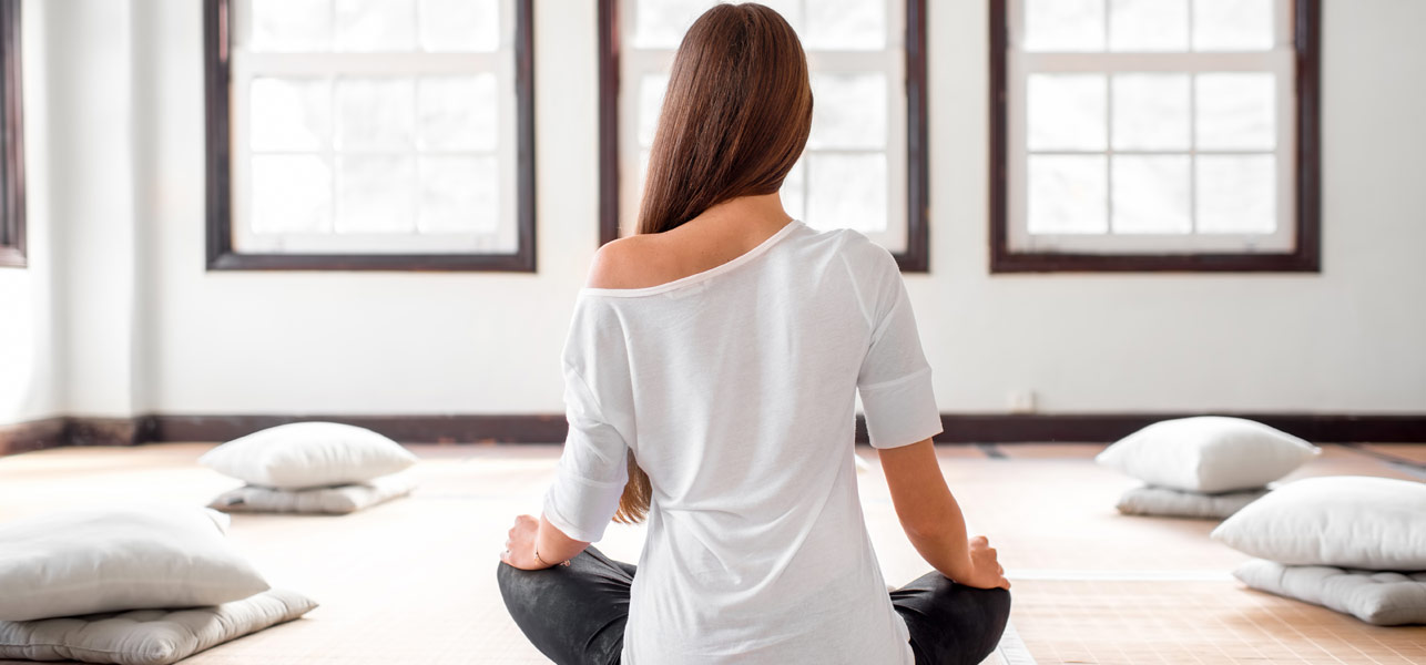 7-Seated-Yoga-Poses-That-Will-Work-Wonders-On-Your-Health