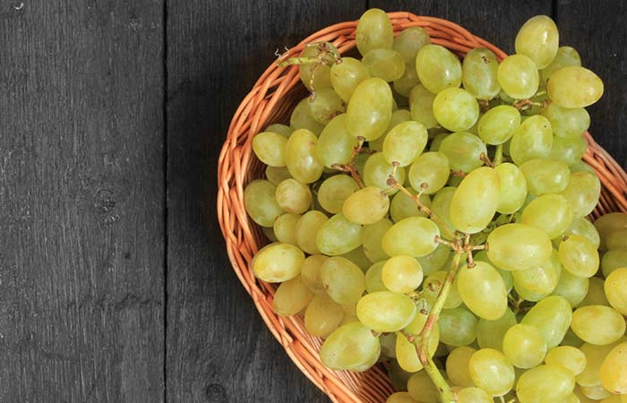 8.-Grapes-With-Cow's-Milk