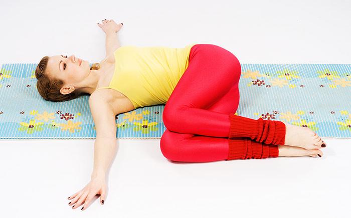 Lower Abs Workout For Women - Torso Twist