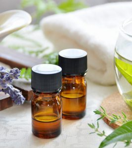 10 Amazing Benefits And Uses Of Lemon Verbena Essential Oil