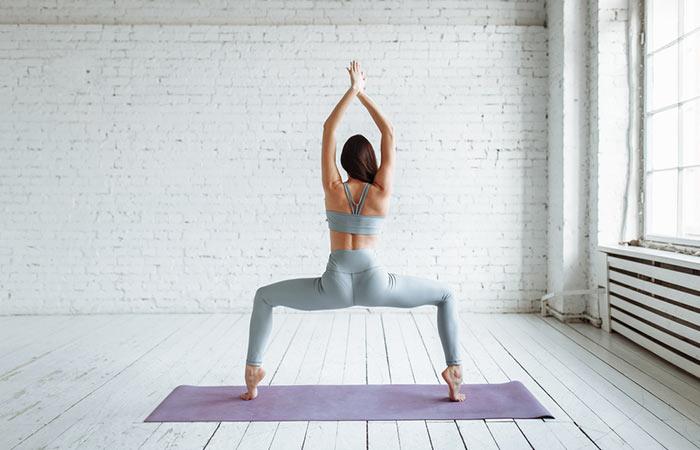 Plié Squat - Get Lean And Fit