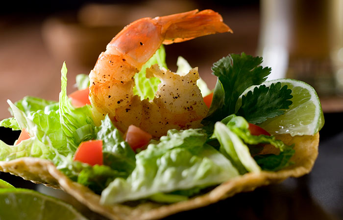 Low Calorie Dinner Recipes - Delicious Shrimp Tostada