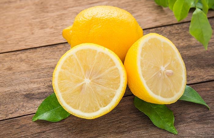 5. Hydrogen Peroxide And Lemon Juice For Teeth Whitening