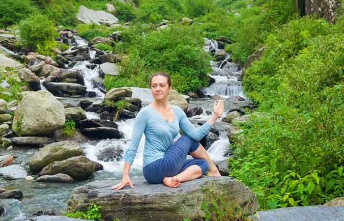 Ardha-Matsyendrasana - Yoga Asana To Treat Acid Reflux