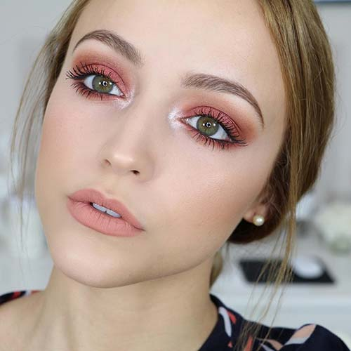 Makeup For Green Eyes - The Brunch Look