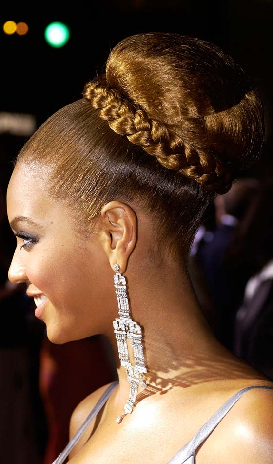 Astounding 10 Stunning Braided Updo Hairstyles For Black Women Hairstyles For Women Draintrainus