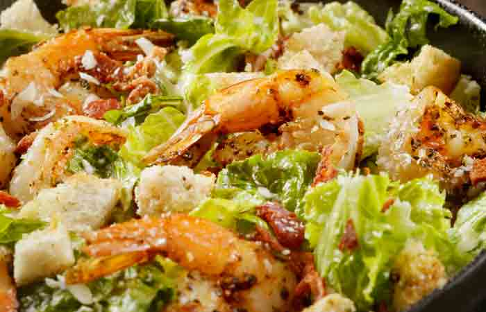 Caesar-Salad-With-Shrimp