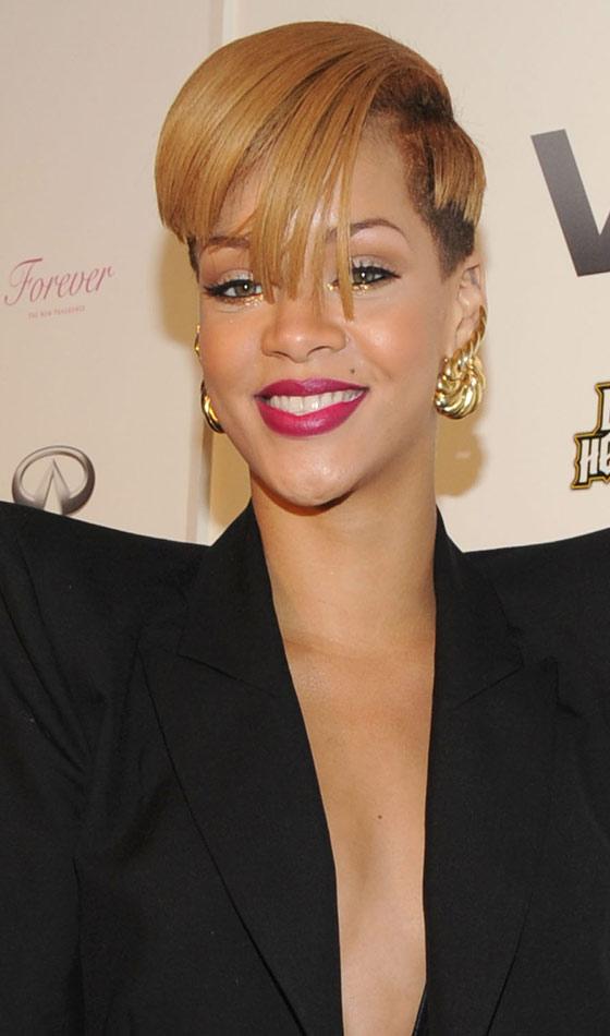 Wondrous 10 Trendy Rihanna39S Short Hairstyles Short Hairstyles Gunalazisus