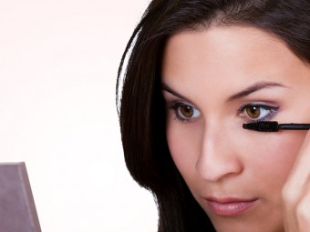 Eye-Makeup-Tricks-For-Small-Eyes