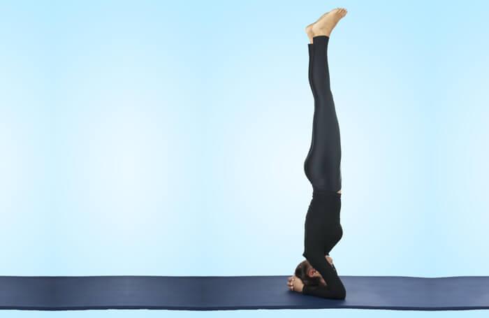 Headstand-Pose-(Sirsasana)