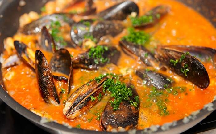 Mussels-In-Spicy-Tomato-Gravy