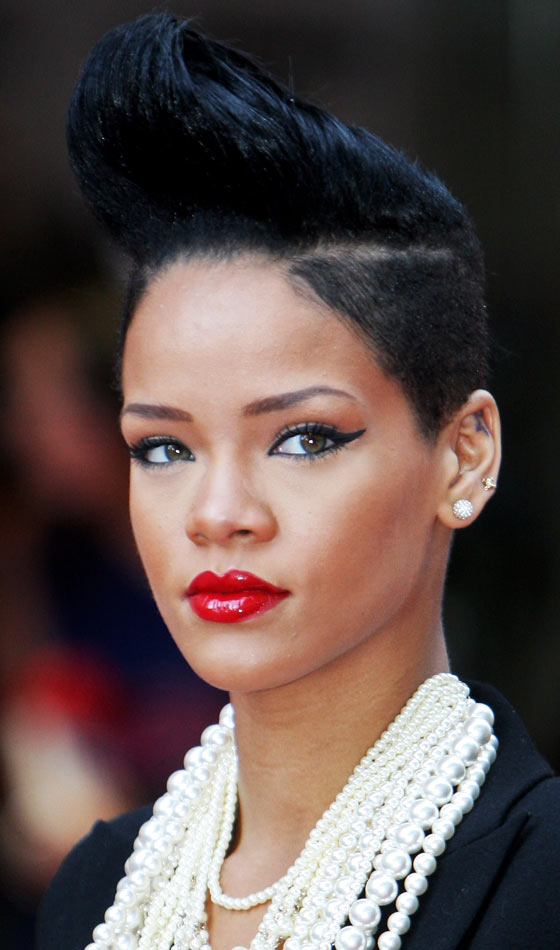 Wondrous 10 Trendy Rihanna39S Short Hairstyles Short Hairstyles For Black Women Fulllsitofus
