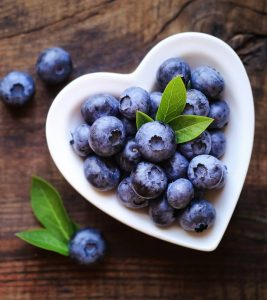 8 Amazing Blueberry Face Masks For Radiant Skin