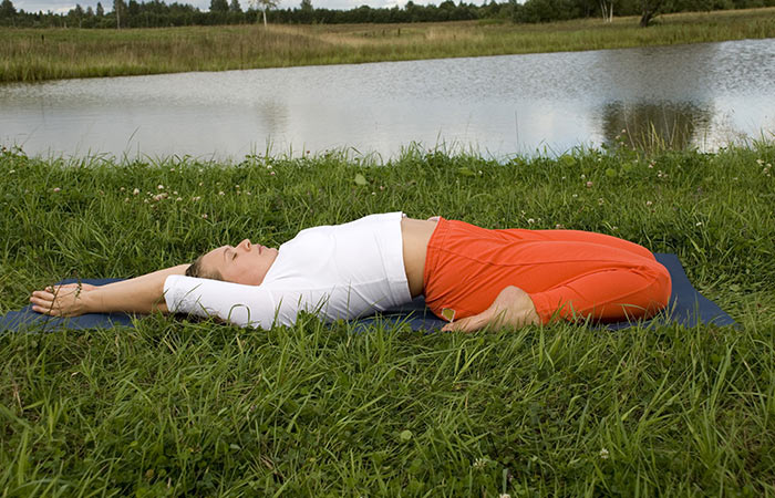 8-Simple-Asanas-That-Will-Help-You-Get-Rid-Of-A-Headache-In-A-Jiffy4