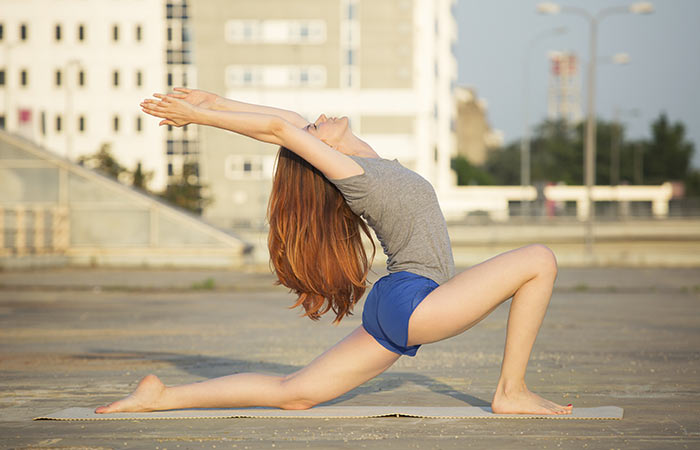 9-Asanas-To-Improve-Your-Immunity-And-Flexibility--–-All-It-Takes-Is-15-Minutes7