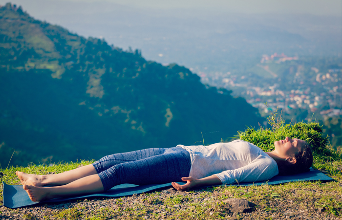 oga-Asanas-That-Will-Relieve-You-Of-Those-Dreaded-Migraines1