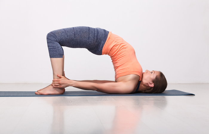 oga-Asanas-That-Will-Relieve-You-Of-Those-Dreaded-Migraines2
