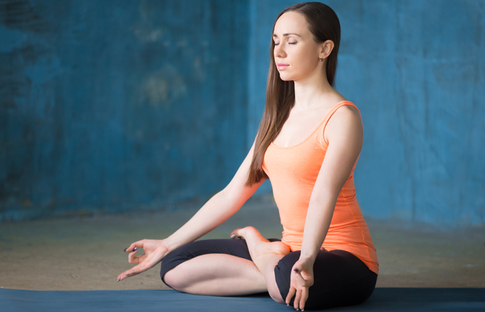 oga-Asanas-That-Will-Relieve-You-Of-Those-Dreaded-Migraines6