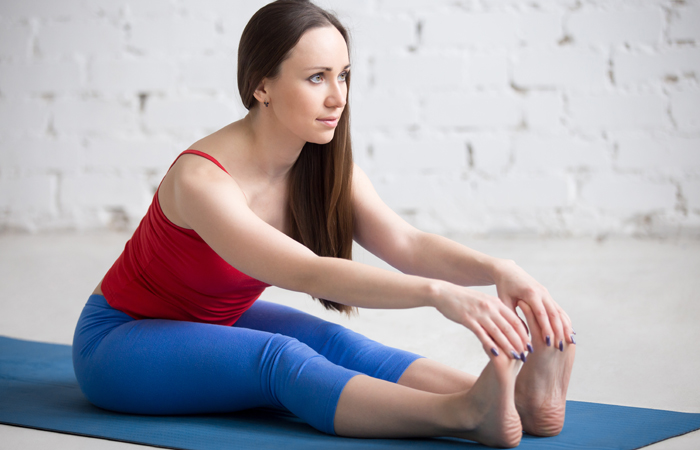 oga-Asanas-That-Will-Relieve-You-Of-Those-Dreaded-Migraines9