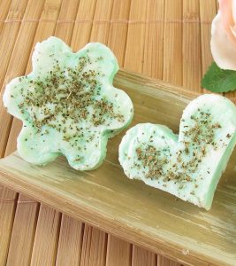 10 Amazing Benefits Of Lemon Verbena Soap