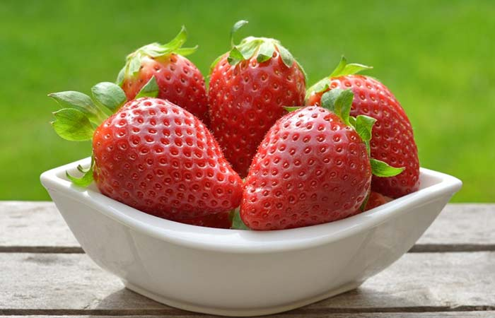 15.-Strawberries-For-Teeth-Whitening