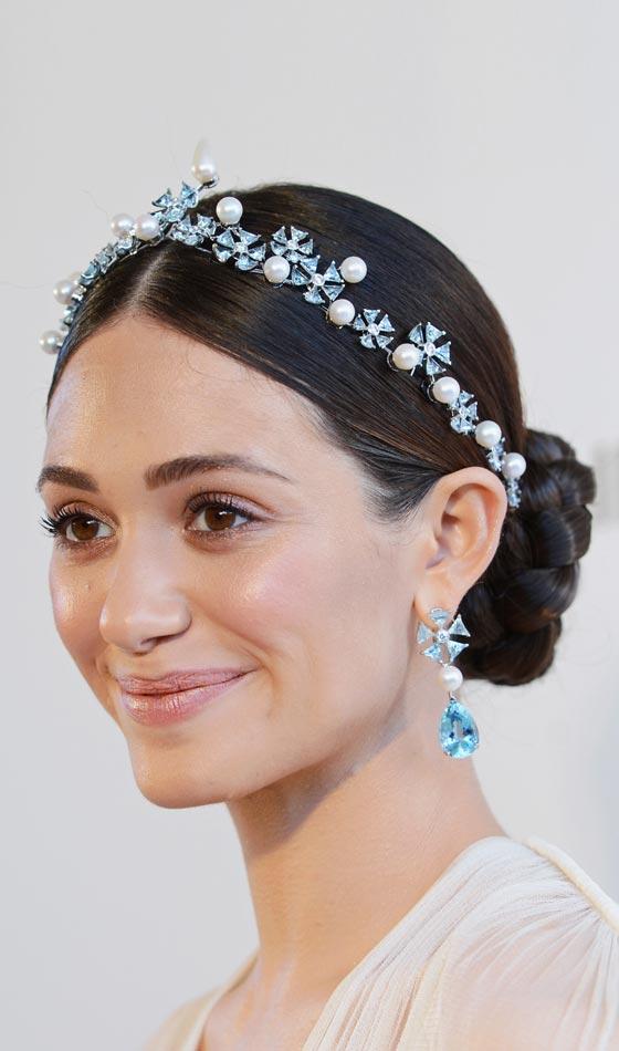 10 Classy Headband Hairstyles To Inspire You