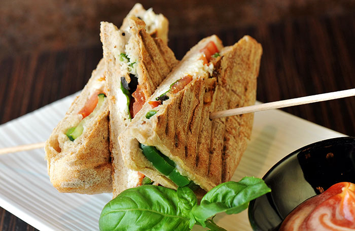 Healthy Sandwiches For Weight loss - Chickpea Spinach Sandwich