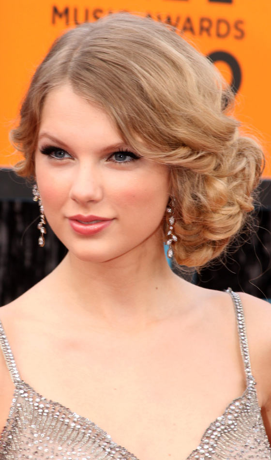 Curly-Side-Bun - Homecoming Hairstyles