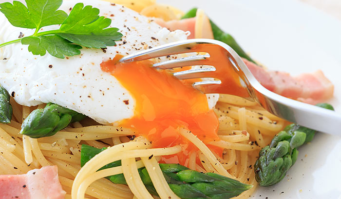 Linguine-With-Asparagus-And-Egg