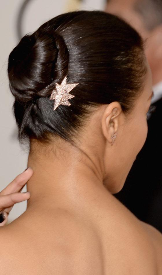 10 Trendy Medium Hairstyles For Dark Skinned Women