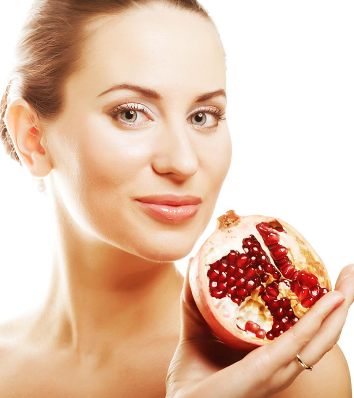 11 Must-Try Easy Homemade Pomegranate Face Packs