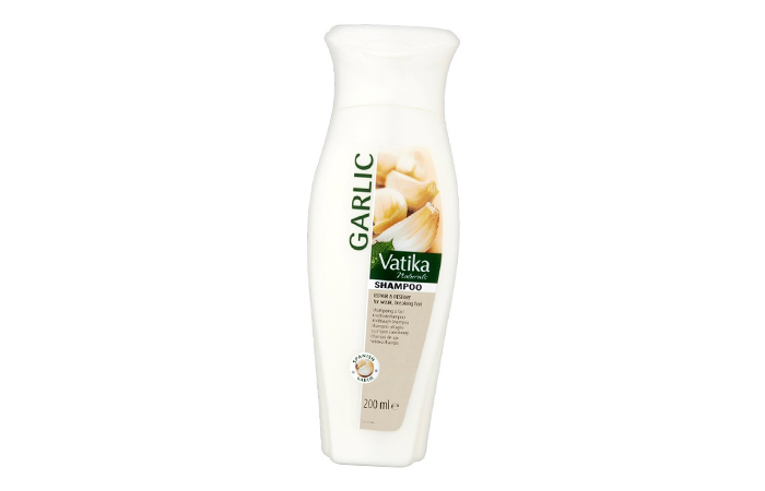 2. Vatika Garlic Shampoo