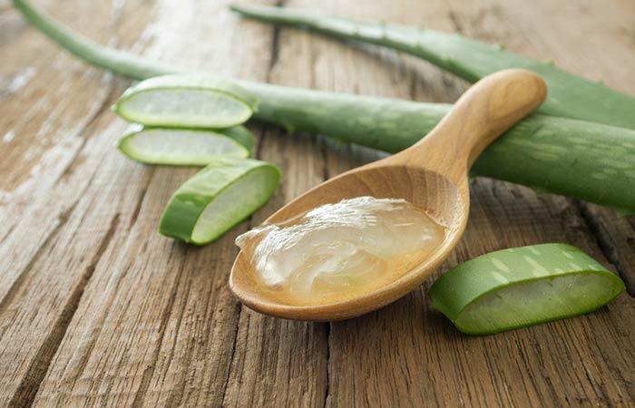 2. Vitamin E Oil And Aloe Vera