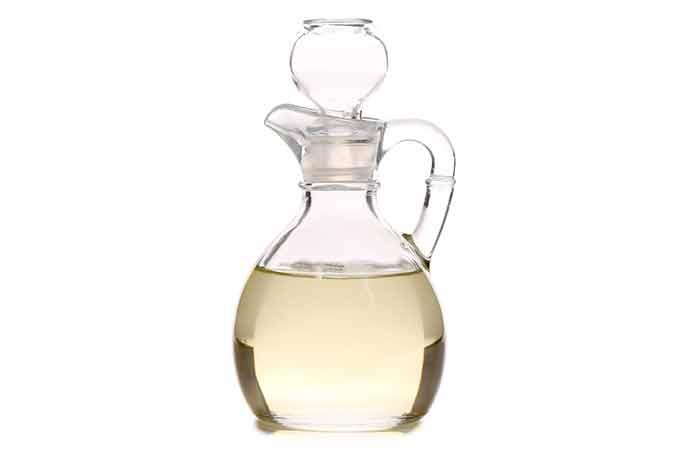 5.Vinegar Wash And Olive Oil