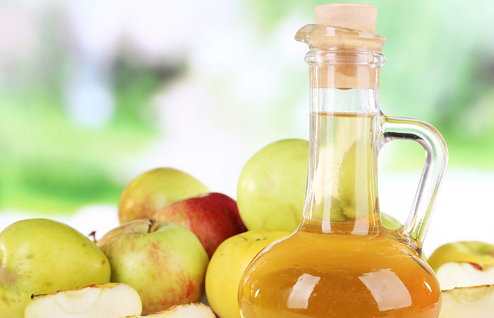 Apple-Cider-Vinegar-And-Coconut-Oil-For-Wrinkles