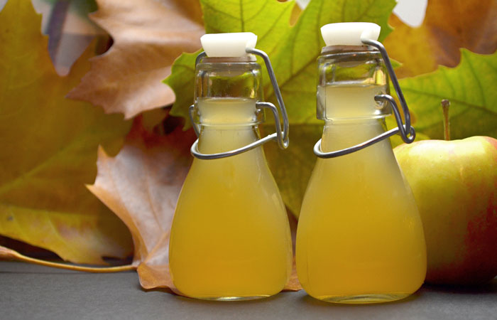 Apple-Cider-Vinegar-And-Epsom-Salt