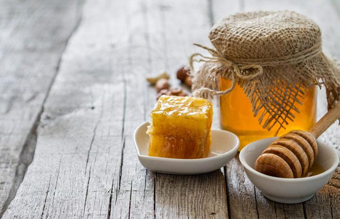 Coconut-Oil-And-Honey-For-Wrinkles