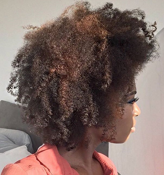 Highlighted-Kinky-Curly-Bob
