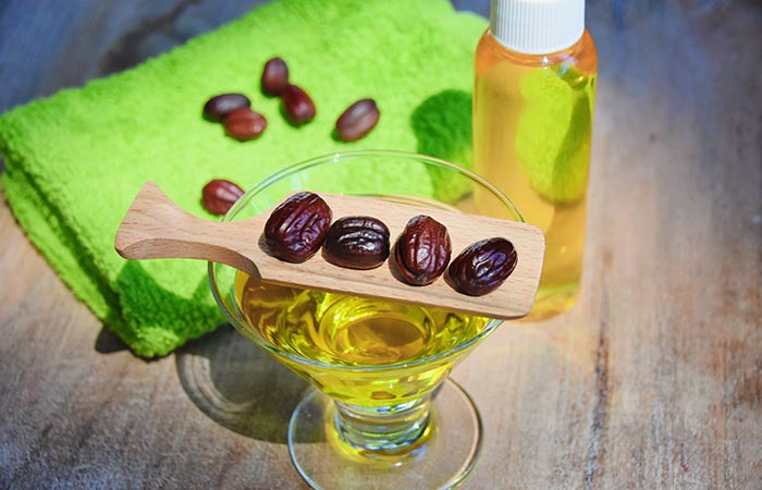 Vitamin E Oil And Jojoba Oil