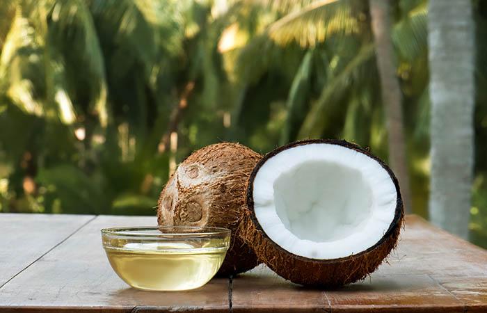3. Coconut Oil And Lemon Juice For Dark Spots